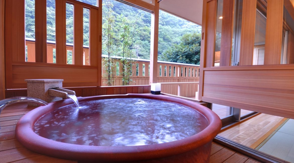 Hotel Okada's Largest Outdoor Hot Spring Room-Benifuji