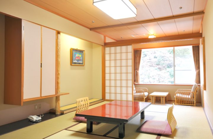 Standard Japanese or Japanese-Western room -Non-smoking