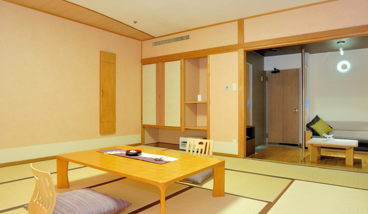 SAKURA – Japanese or Japanese-Western Room